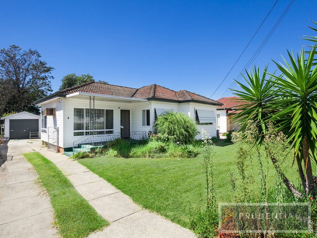 8 Coolaroo Crescent, Lurnea, NSW 2170