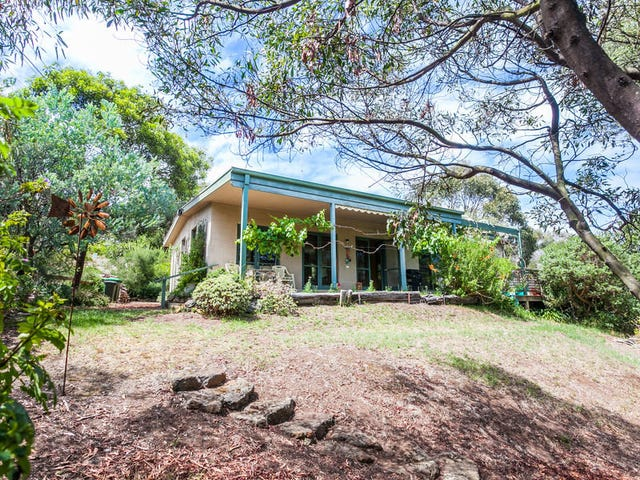 31 Philip Street, Aireys Inlet, Vic 3231