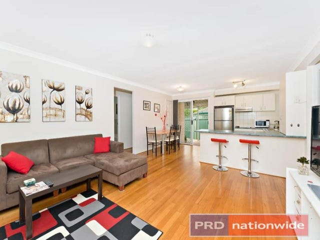 3 / 8 Cowland Avenue, East Hills, NSW 2213