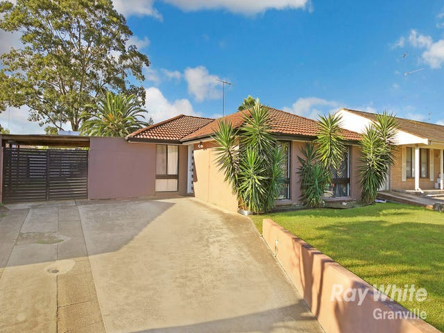 85 Banks Drive, St Clair, NSW 2759