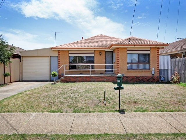 38 Leggatt Street, Melton South, Vic 3338