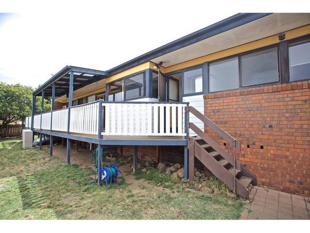 4 Uralla Circuit, Kelso, NSW 2795