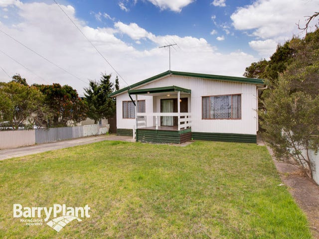 23 Churchill Drive, Cowes, Vic 3922