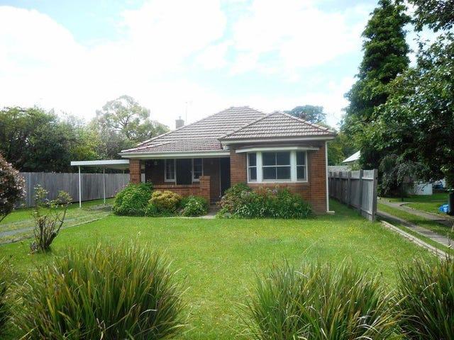 8 Kangaloon Road, Bowral, NSW 2576