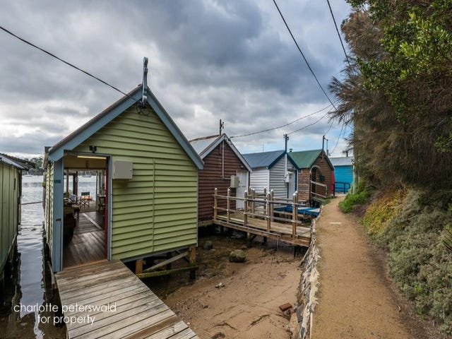 14 Cornelian Bay, New Town, Tas 7008