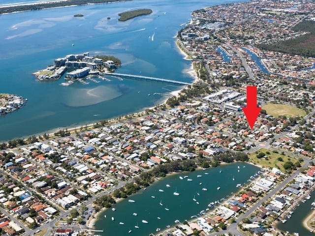 1 & 2/31 Victor Avenue, Paradise Point, Qld 4216