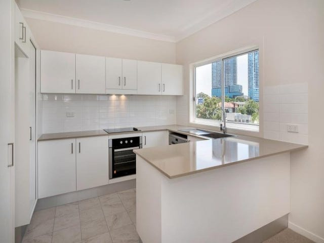 6/30 Lather St, Southport, Qld 4215