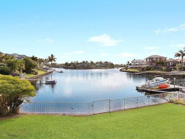 379 Rio Vista Boulevard, Mermaid Waters, Qld 4218