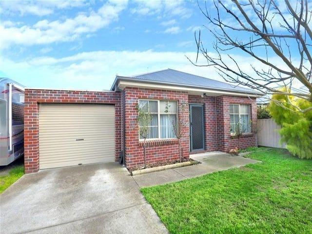 24 Rutherford Place, Alfredton, Vic 3350