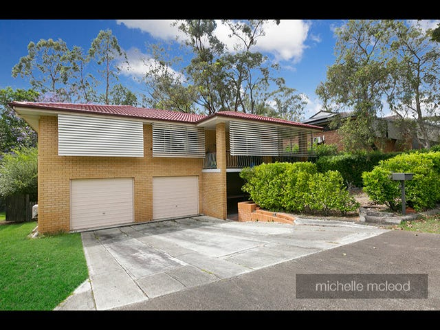 82 Lant Street, Chapel Hill, Qld 4069