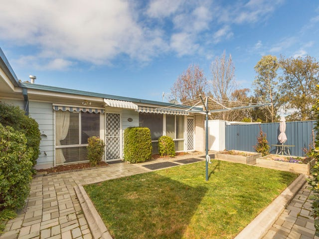 8 Harrington Circuit, Kambah, ACT 2902