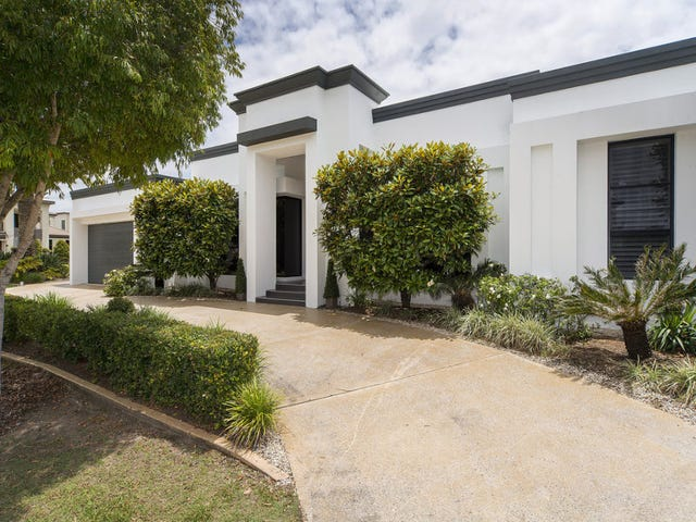 2031 The Circle, Sanctuary Cove, Qld 4212