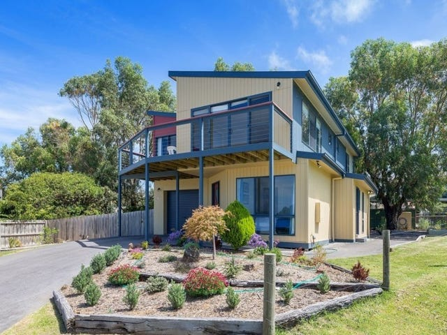 15 Murray Square, Apollo Bay, Vic 3233