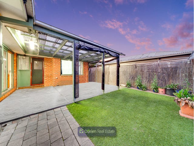 10 Peppercorn Court, Cranbourne North, Vic 3977