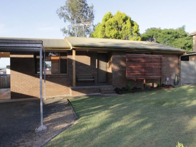 2 Churchill Street, Churchill, Qld 4305