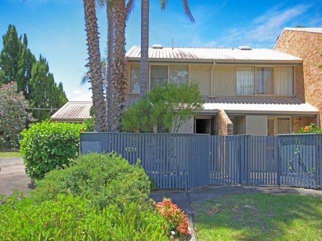 1/1 George Bass Drive, Batehaven, NSW 2536