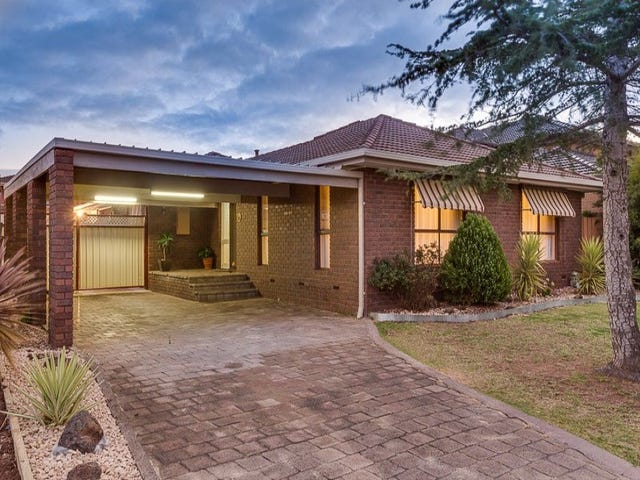 38 Angourie Crescent, Taylors Lakes, Vic 3038