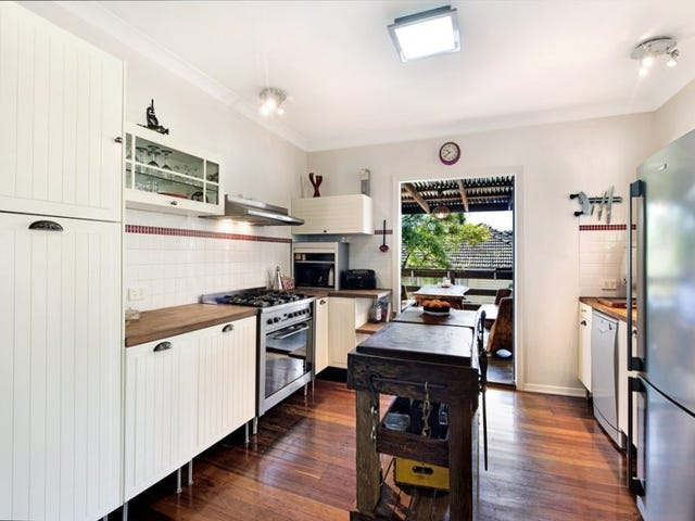 109 Marshall Road, Holland Park West, Qld 4121
