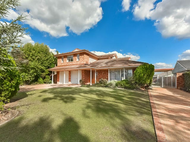9 Griffiths Avenue, Camden South, NSW 2570