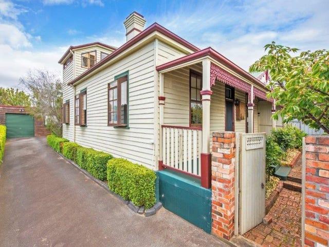 33 Middle Road, Devonport, Tas 7310