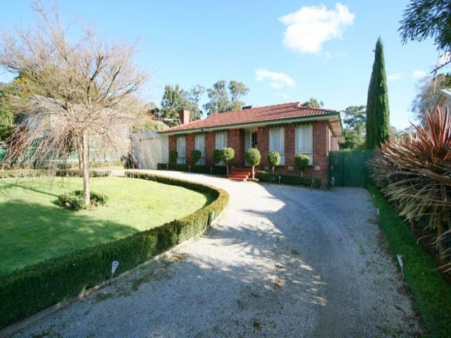 16 Belvedere Drive, Montrose, Vic 3765