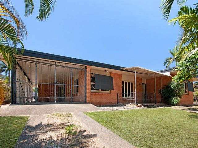 42 Hillview Crescent, Whitfield, Qld 4870