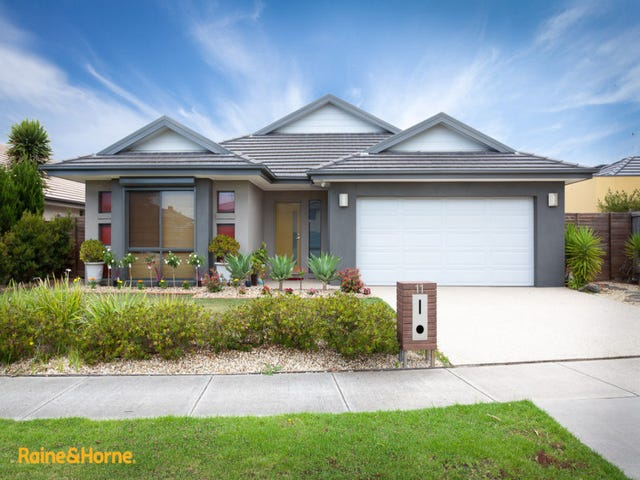 11 Mitta Avenue, Waterways, Vic 3195