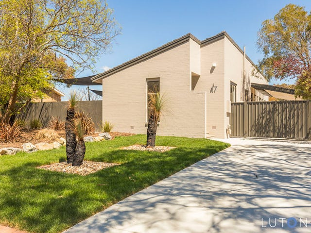 17 Crofts Crescent, Spence, ACT 2615