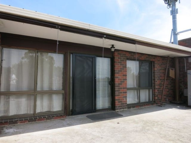 Apartment above 431 Dorset Road, Croydon, Vic 3136