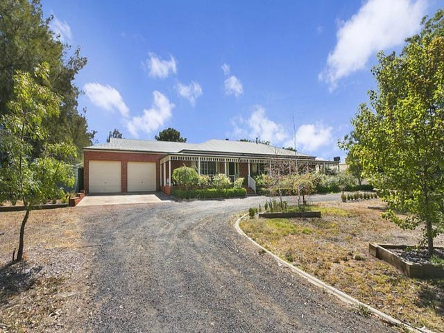 49 Edwards Road, Eaglehawk, Vic 3556