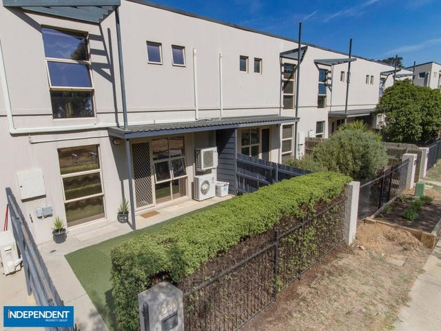 220 Anthony Rolfe Ave, Gungahlin, ACT 2912