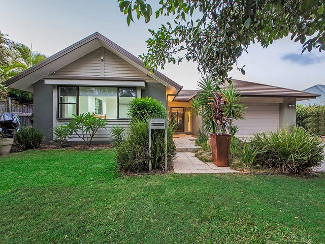 8 Torrens Crescent, Wakerley, Qld 4154