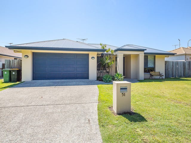 51 Corrimal Place, Sandstone Point, Qld 4511