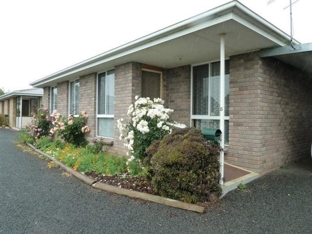5/13 East Westbury Place, Deloraine, Tas 7304