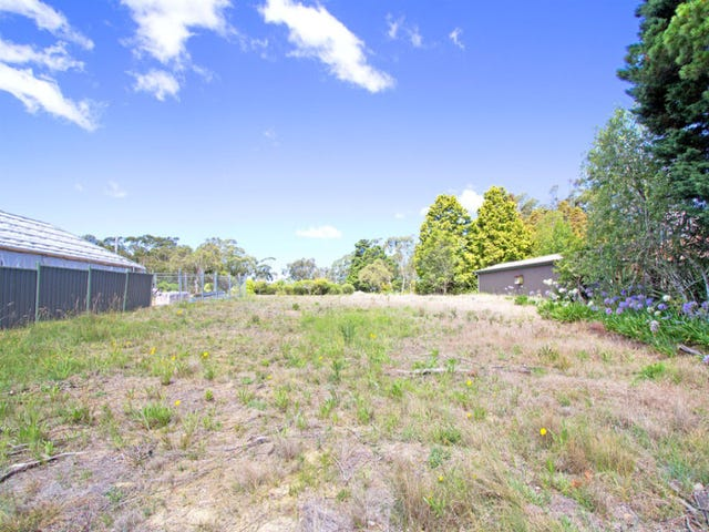 12  Daintrey St, Wentworth Falls, NSW 2782
