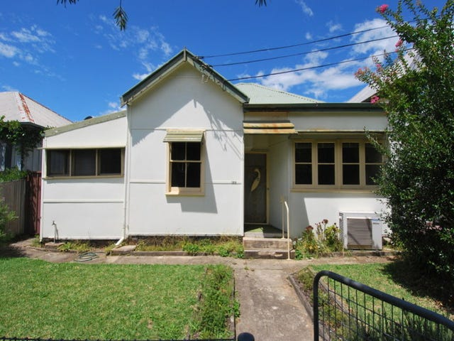 128 Linden Street, Sutherland, NSW 2232