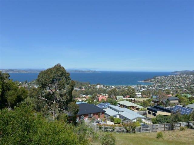 12 Honeysuckle Drive, Blackmans Bay, Tas 7052