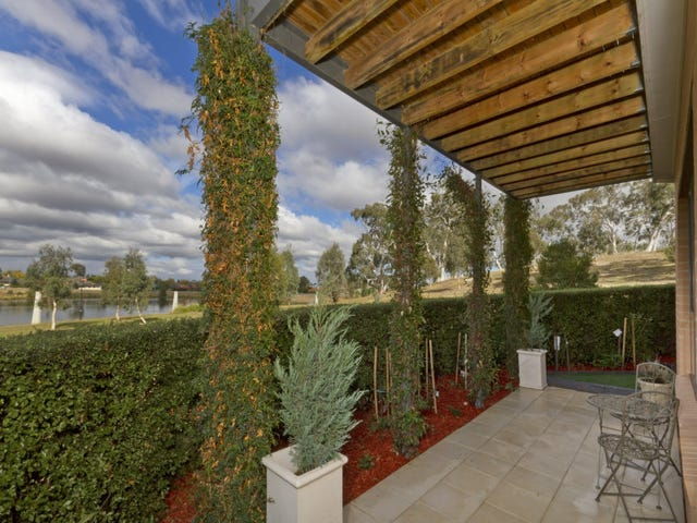 9/16 Ray Ellis Crescent, Forde, ACT 2914