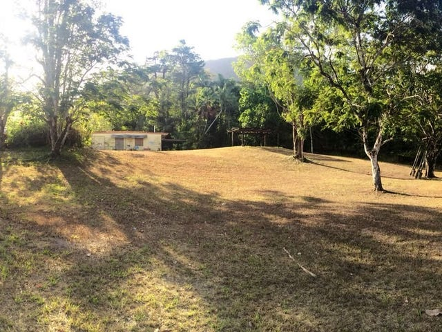 4 Harden Street ( Old Kindy), Tully, Qld 4854