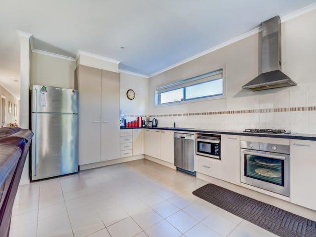 11/39 Astley Crescent, Point Cook, Vic 3030