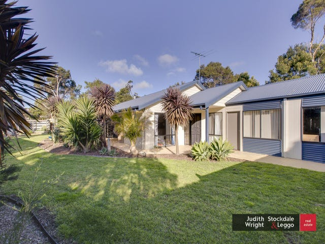 3 Holiday Court, Cowes, Vic 3922