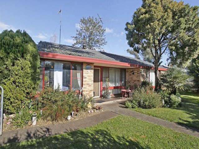 2 Betty Place, Thirlmere, NSW 2572