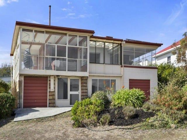 38 Marana Avenue, Rose Bay, Tas 7015