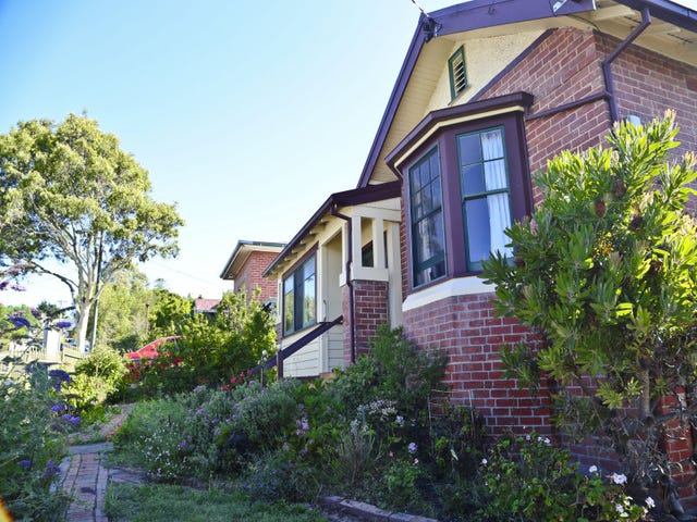 12 Seymour Street, New Town, Tas 7008