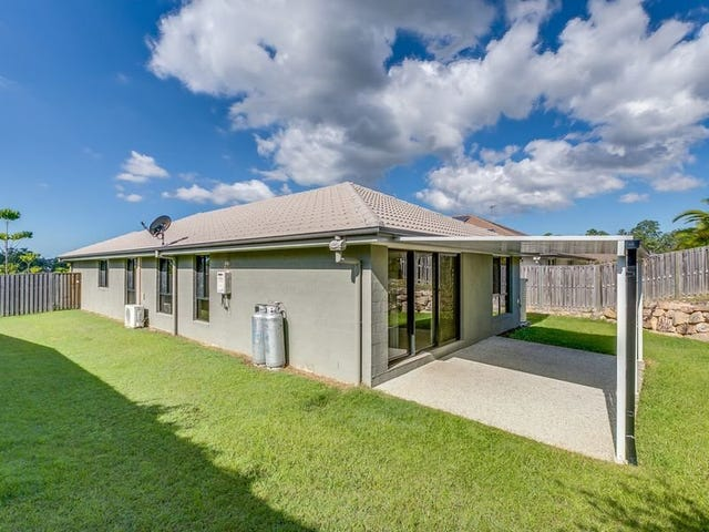 8 Manning Circuit, Pacific Pines, Qld 4211