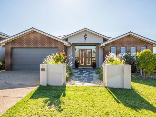 12 Dundale Crescent, Estella, NSW 2650