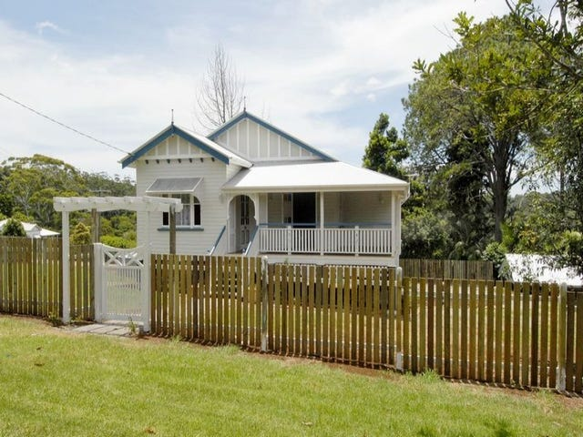 2  Lindsay Rd, Mount Glorious, Qld 4520