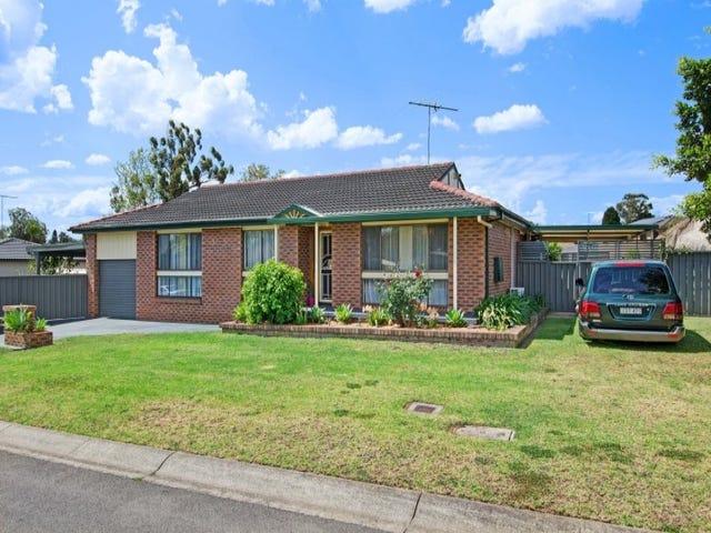 18 Lyrebird Crescent, St Clair, NSW 2759