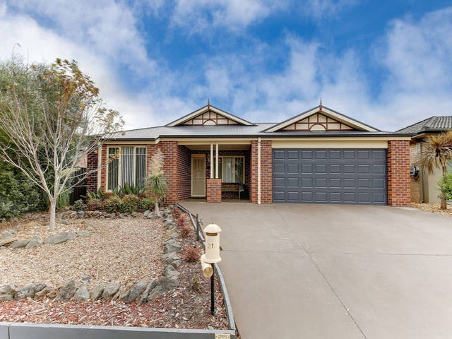 21 Bow Crescent, Wyndham Vale, Vic 3024