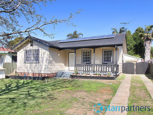 62 Wangaroa Crescent, Lethbridge Park, NSW 2770